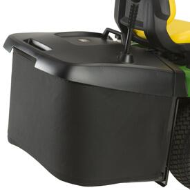 Rasentraktor John Deere X350R Grasfangbehälter lässt sich einfach entfernen