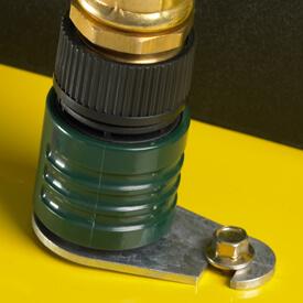 Rasentraktor John Deere X350 Separat örtlich erhältlicher Schlauchanschluss