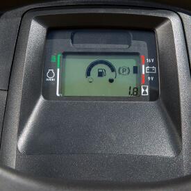 Aufsitzrasenmäher John Deere X380 Elektronische Kraftstoff-Anzeige