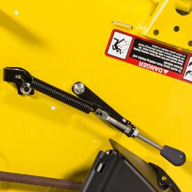 Rasentraktor John Deere X350 Griff von MulchControl