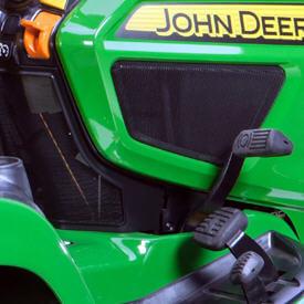 Aufsitzrasenmäher John Deere X950R Feststellbremsensteuerung und Bremspedal